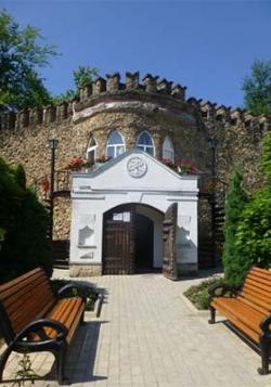 Orhei Vechi Monastery - Capriana Monastery - Hancu Monastery - Milesti Mici winery