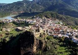 Requena - Cuevas de la Villa - Alcala del Jucar - Cofrentes boat cruise