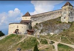 Bran Castle - Rasnov fortress – Peles Royal Castle - Sinaia Monastery