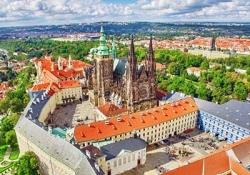 Tour Prague and Vienna Highlights