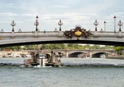 River cruise of Paris