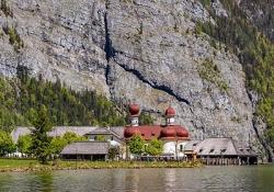 Berchtesgaden - Eagle's Nest - Konigsee Lake boat trip - St. Bartholoma