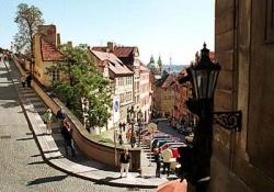 Prague Getting Acquainted by Bus