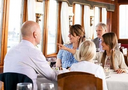 Cruise with lunch or dinner
