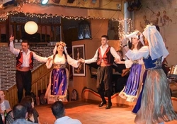 Athens by Night Tour & Greek Dance Show